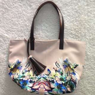 Nude Flower Tote Bag