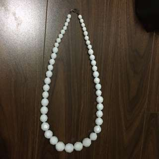 White Plastic Pebble Necklace From Aldo