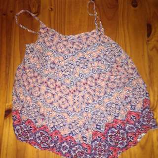 Size 8 Floral Top