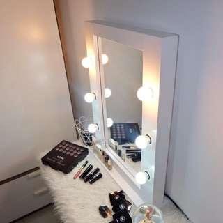 Vanity Light Mirror (Cermin Rias / Makeup Lampu)