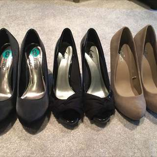4 Pairs Of High Heel Shoes!