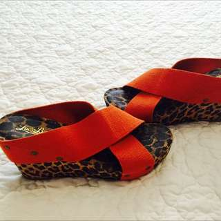 Lucky Brand Leopard And Orange Wedges