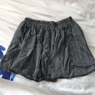 Floral Brandy Melville Skirt