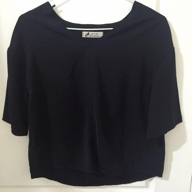 寬版黑色襯衫上衣