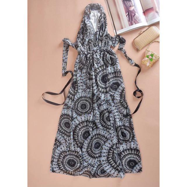 灰色露背開叉雪紡紗長裙