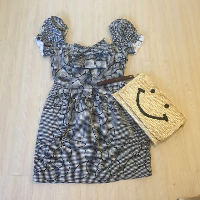 日系山茶花 格紋蝴蝶結一字領 蕾絲袖口 洋裝