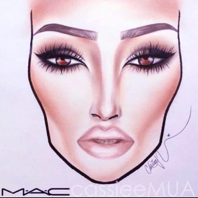 Mac Make Up Bible !!!