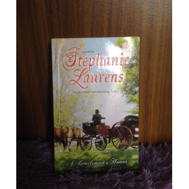 Novel A Gentleman's Honor (Intrik Cinta Sang Mata-mata)