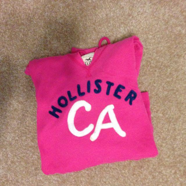 pink hollister top