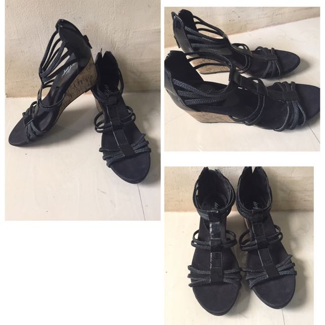 829ab3b9c63ca1 Preloved Sandals (Payless)
