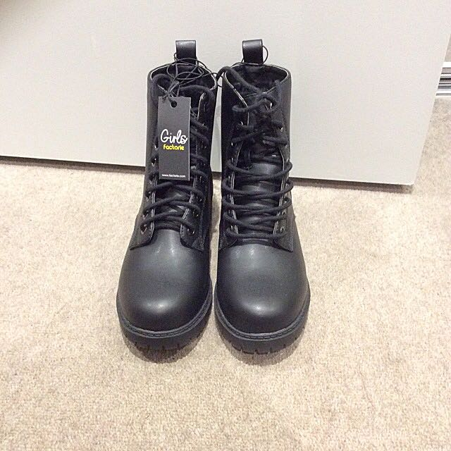 [REDUCED] Factorie Boots