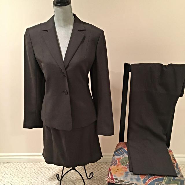 Ross Mayer 3 Piece Suit, Size 10