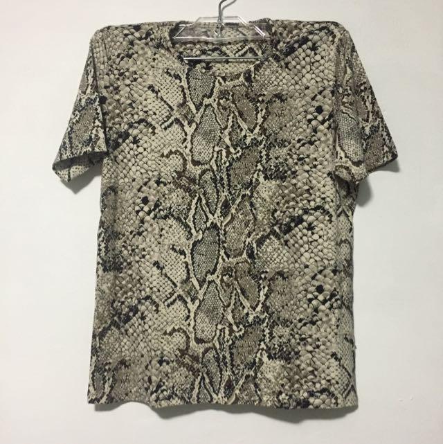 Snake Skin Patterned Straight Cut Round Neck Shirt