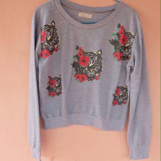 Sweater Ukuran S/m Kecil