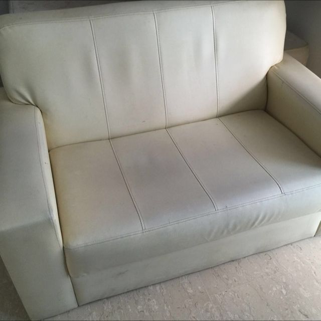 Table / Chairs / Queen Mattress / Queen Bed Frame / Cheap Furniture / Transport / Lorry / Couch / Sofa / Dining Table / Tv console