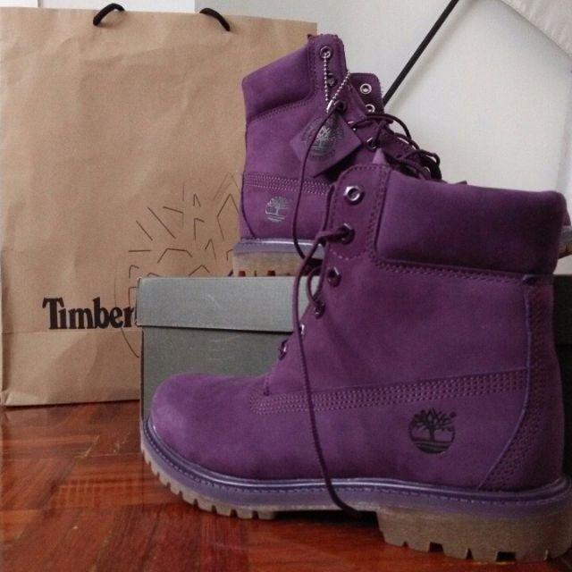 15ee77c21 REDUCED PRICE!!! NEED TO LET GO A.S.A.P!!! Timberland Boots (Purple ...