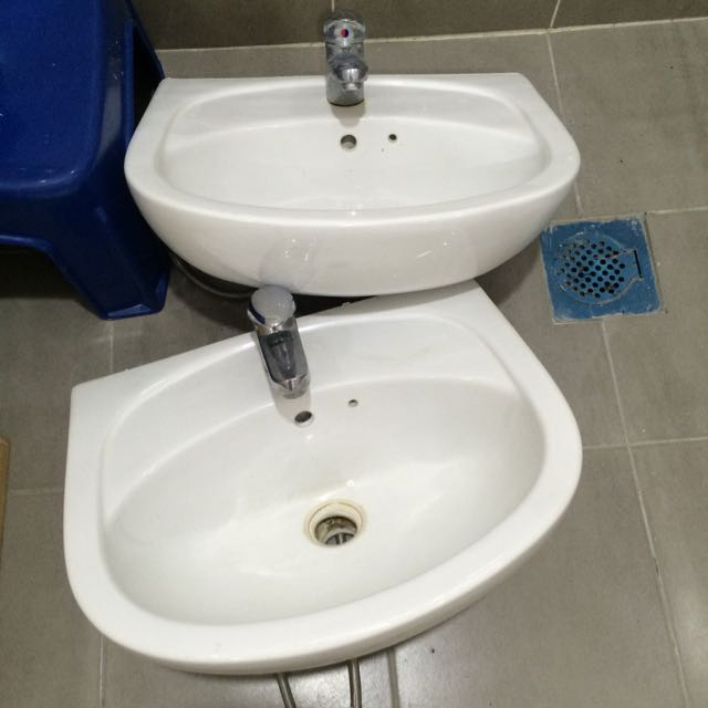 Two Water Basin With Hot & Cold Water Tube