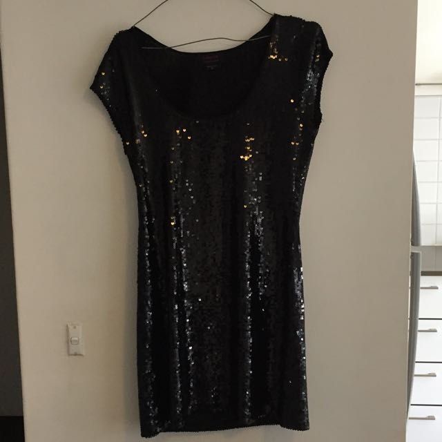 Wayne By Wayne Cooper Black Sequined Dress Size: M
