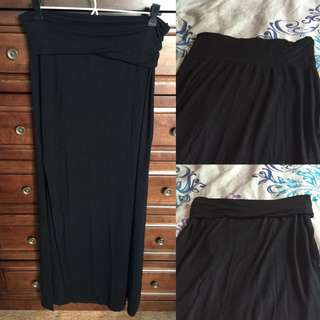 🔹Price Drop🔹Black Maxi Skirt
