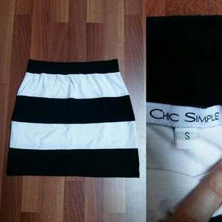 B&W Stripes Mini Skirt