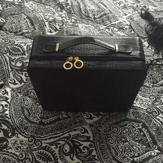 Estee Lauder Box Bag/case