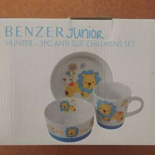 Benzer Junior Anti Slip Children's Dining Set