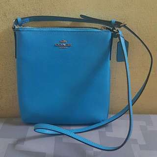 AUTHENTIC COACH CROSS BODY SLING BAG