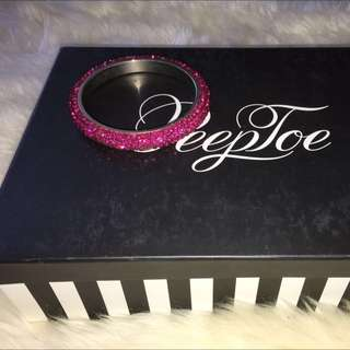 Peeptoe Hot Pink Swarovski Bangle