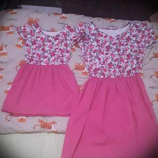 mom and daughter pink floral dress terno