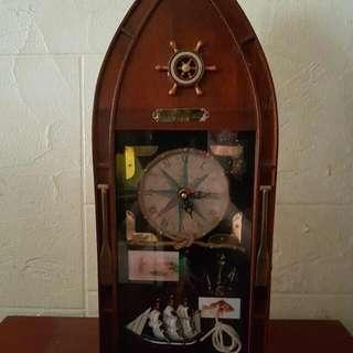 Boat shape keys holder cabinet with Clock