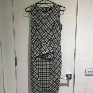 CUE Dress Size 10, Worn Couple Of Times. Perfect Condition