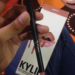 💯AUTHENTIC KYLIE LIPLINER