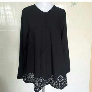 (BLACK)Adelia Embroidered Flower Top - Frm Splendorachic