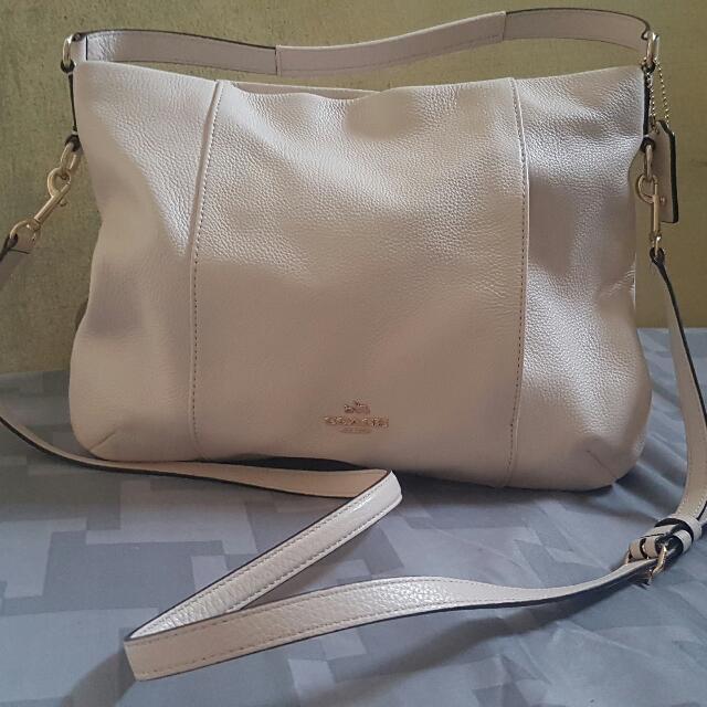 Authentic Coach Shoulder Bag Pebbled Leather