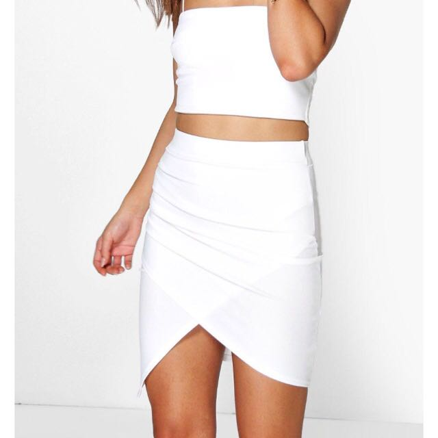 Boohoo White Asymmetric Skirt