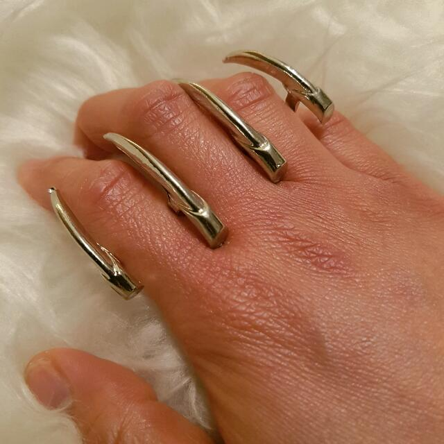 Brand New Silver Knuckle Ring