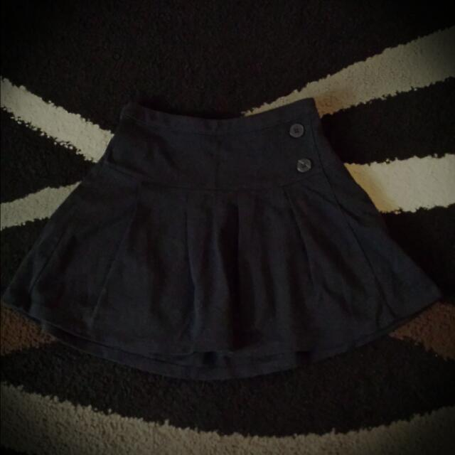 GAP Uniform Style Skirt (Black)
