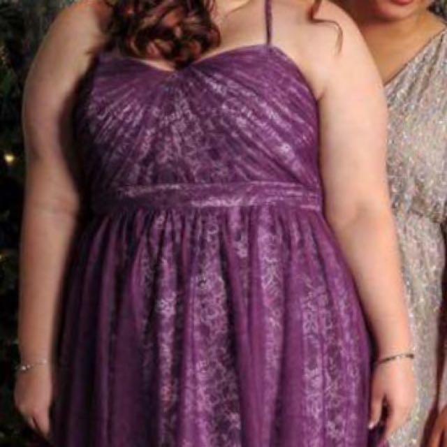 Gown/Ball Dress