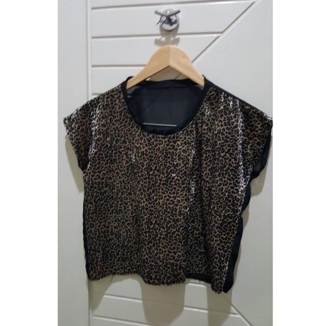 Leopard Half-chiffon Top
