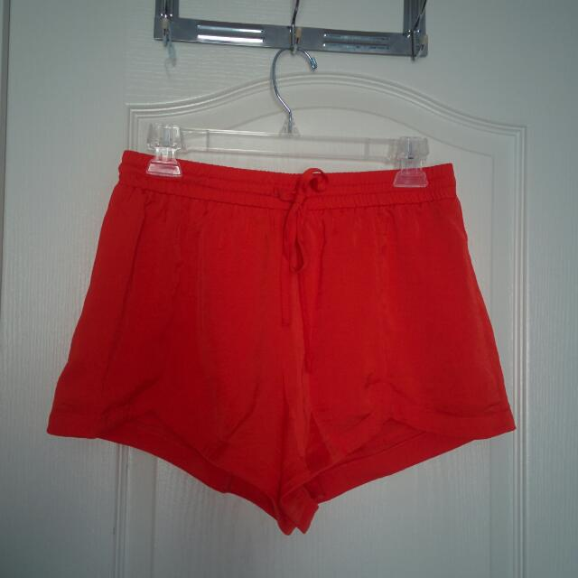 NEW XXI coral Shorts