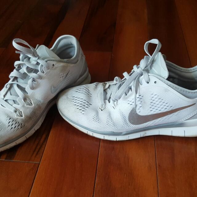 Nike Freerun - White Size 7