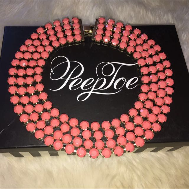 Peeptoe Peach Necklace