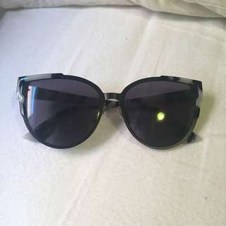 Glow Glam Sunglasses