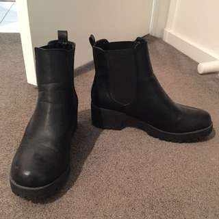 Ruby Shoe Boots