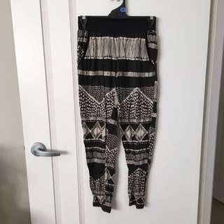 Crop Pants Size Small