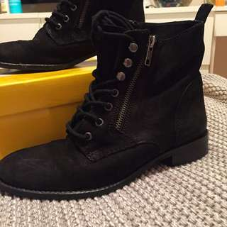 Leather Lace Up Boot