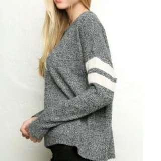 [Authentic] Brandy Melville Veena Sweater
