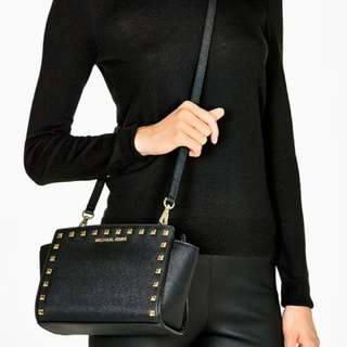 887b16400996 AUTHENTIC Michael Kors Selma Medium Studded Saffiano Leather Messenger