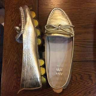 二手 24.5 金色蝴蝶結便鞋