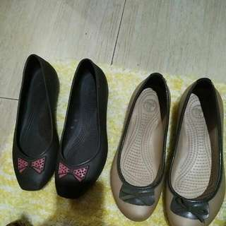 authentic crocs shoes size 5 dark brown and size 6 beige color.